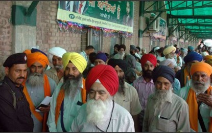 Pakistan welcomes Sikh pilgrims for Besakhi festival