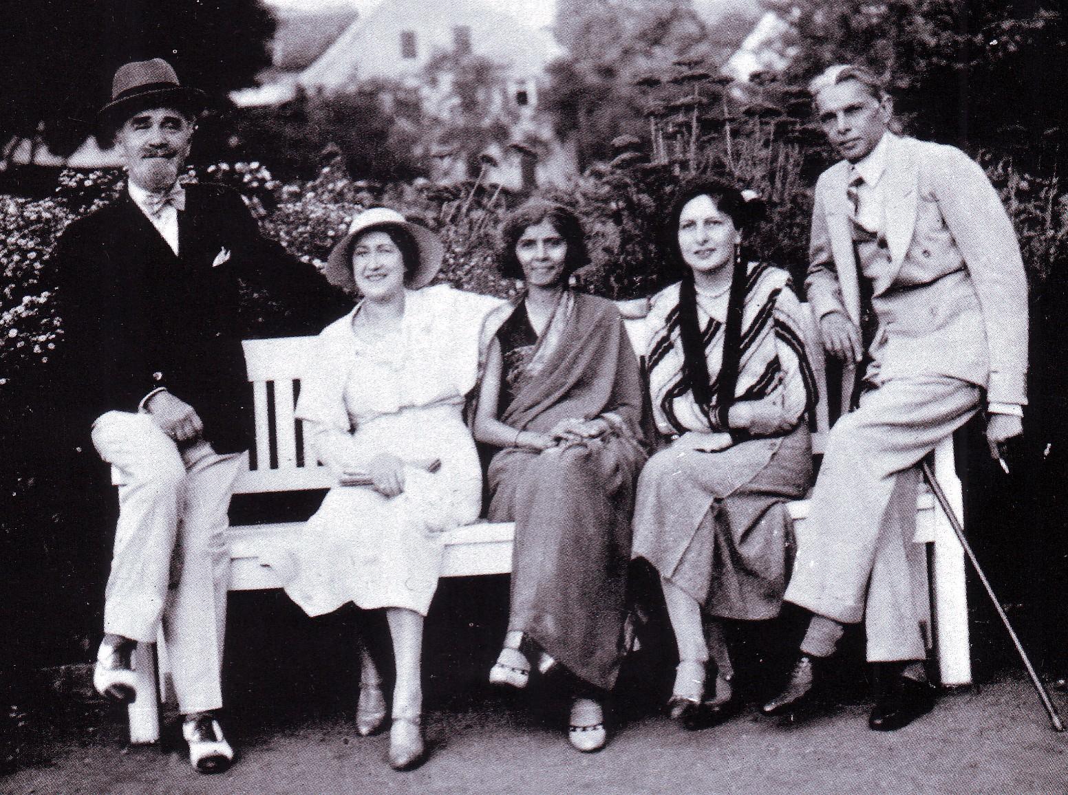 Remembering Quaid-e-Azam Muhammad Ali Jinnah, Pakistan and India should move towards peace